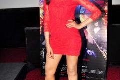 Deepika-Padukone-Hot-Race-2