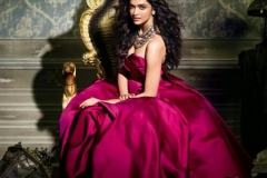 Deepika-Padukone-Vogue-Magazine-Photoshoot (4)