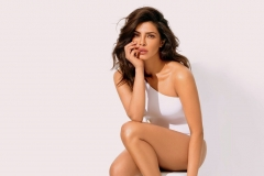 Priyanka-Chopra-Hot-Photoshoot-Image-4