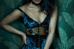 priyanka-chopra-flaunt-magazine-the-repercussion-issue-2016-1