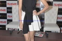 Shraddha-Kapoor-at-the-Filmfare-Magazine-cover-launch-at-Reliance-Digital-Prabhadevi.10