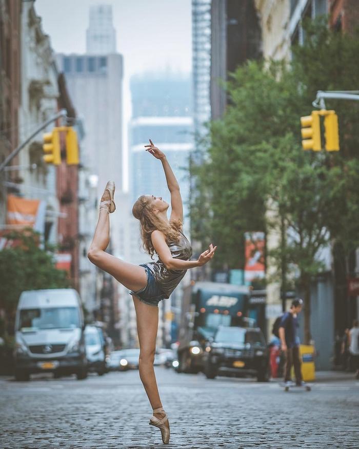 urban-ballet-dancers-new-york-streets-omar-robles-10-57b30e341de4b__700