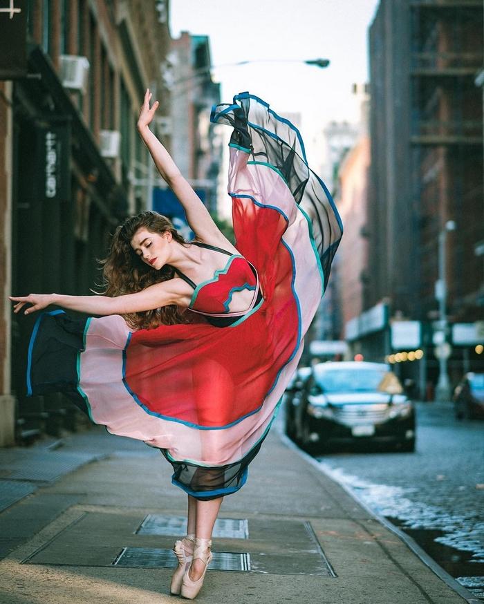 urban-ballet-dancers-new-york-streets-omar-robles-13-57b30e3e8f12a__700