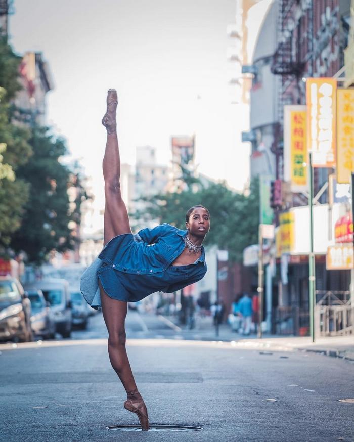 urban-ballet-dancers-new-york-streets-omar-robles-15-57b30e465d4c2__700