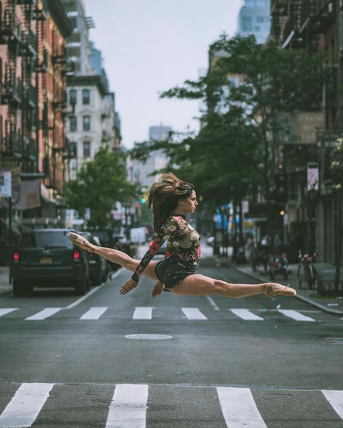 urban-ballet-dancers-new-york-streets-omar-robles-16-57b30e4b84286__700