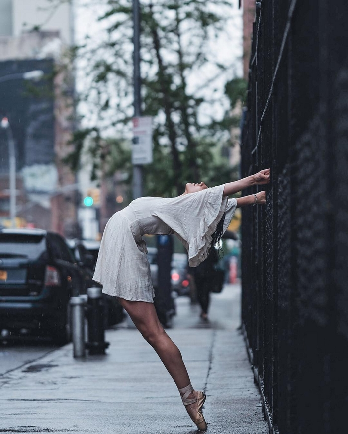 urban-ballet-dancers-new-york-streets-omar-robles-22-57b30e68d4cdc__700
