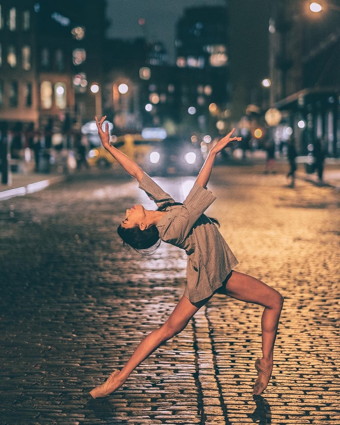 urban-ballet-dancers-new-york-streets-omar-robles-40-57b30eb1cc5ed__700