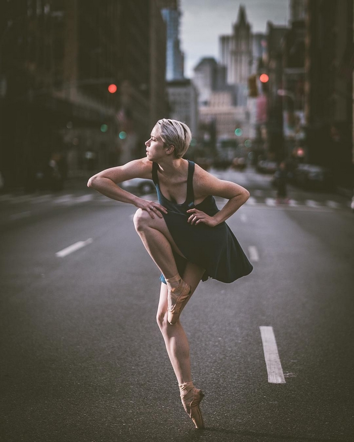 urban-ballet-dancers-new-york-streets-omar-robles-51-57b30ed9e3633__700