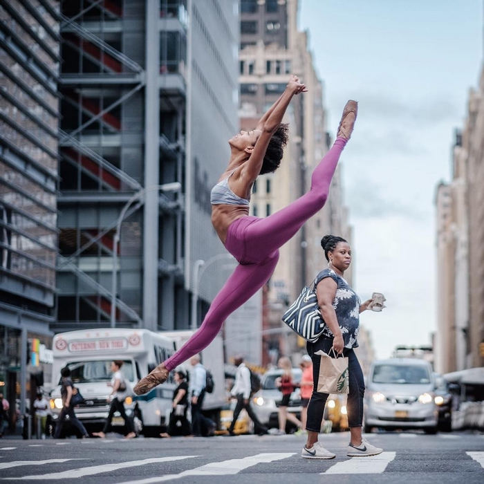 urban-ballet-dancers-new-york-streets-omar-robles-60-57b30f038e7a4__700